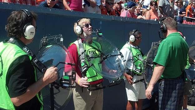 KLOVER MiK 26 Parabolic Microphone Makes NFL Debut
